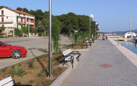 Šetnica uz obalu